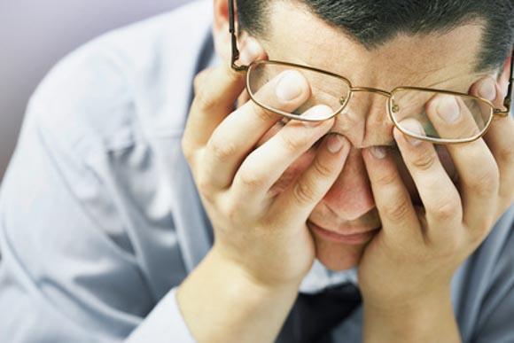 眠気覚まし朝一に効く方法!会議中や仕事中に出来る方法も紹介