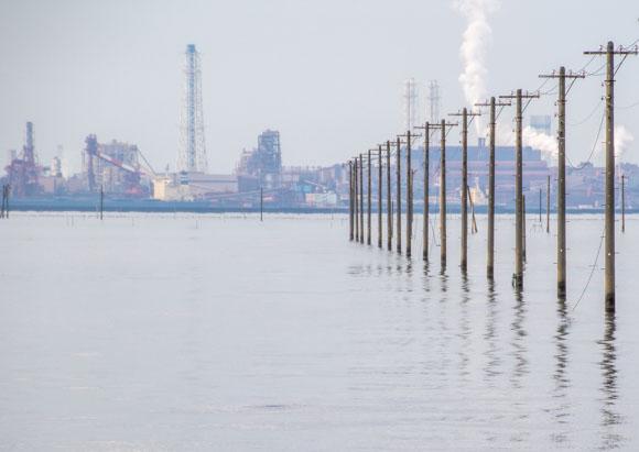 木更津江川海岸の満潮時の電柱写真を撮影!午前中の様子