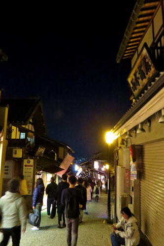 kiyomizutera-lighting-up-9