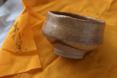 萩焼の特徴と手入れの方法とは?お土産で貰った器と共に紹介!
